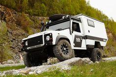 11 Amazing Off Road Campers - Camper Life Defender 110, Land Rover Defender, Defender Camper, Adventure Campers, Off Road Adventure, Camper Life, Truck Camper, Pickup Camper, Truck Mods