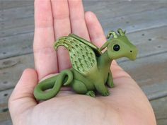 My Animalitos are hand-sculpted from polymer clay using self-taught techniques, and meticulously hand-painted with acrylic paint. Their expressive Polymer Clay Dragon, Polymer Clay Animals, Polymer Clay Crafts, Sculpture Clay, Soft Sculpture, Diy Ooak Doll, Cute Dragon Drawing, Custom Puppets, Small Figurines