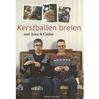#boek #Kerstballen #breien met #modeontwerpers #Arne en #Carlos, het #breiboek staat met 55 #kerstbalmotieven vol aan de hand van 1 basismodel.