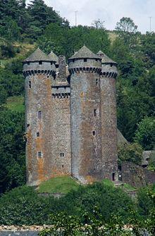 Châteaux de Haute-Auvergne — Château d'Anjony à Tournemire