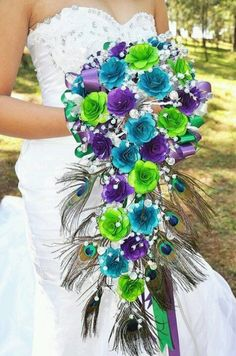 Peacock Feather Bouquet @Jennifer Milsaps Hammel