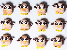 Hootsuite offered volunteer translators a helping of swag, i.e. stickers, T-shirts and cuddly stuffed animals inspired by its owl logo. #HootAmb
