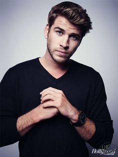 Liam Hemsworth es el hermano de Chris (Thor). ¿Quién de los dos te parece más galán?