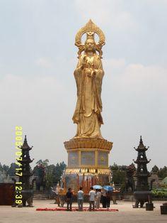 GUANYIN | The Guanyin Bodhisattva Statue