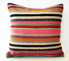Sukan / SOFT Hand Woven - Turkish Kilim Pillow Cover - 20x20
