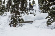 Chasing The Spirit Of Craig Kelly Craig Kelly, Transworld Snowboarding, Yellowstone Club, Snowboarding Videos, Picture Video, Skate, Cool Pictures, Surfing, Spirit