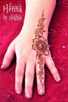 henna_hand_yinyang4_danbury_small | Flickr - Photo Sharing!