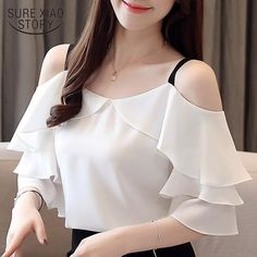 blusas mujer de moda 2019 womens tops and blouses chiffon blouse Hanging bandwidth is thin and thin womens clothing 3571 50 Stylish Tops For Women, Trendy Tops, Girls Fashion Clothes, Fashion Dresses, Mode Kimono, Sleeves Designs For Dresses, Stylish Blouse Design, Stylish Dresses, Blouse Designs