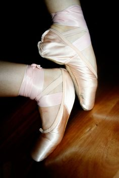 wikiHow to Tell if You Are Ready to Go on Pointe