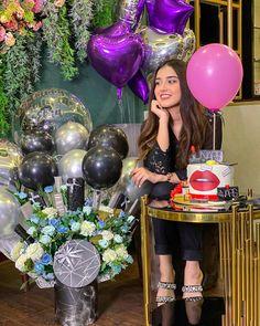 Birthday Girl Pictures, Happy Birthday Photos, Happy Birthday Girls, Girl Birthday, Beautiful Love Pictures, Beautiful Girl Photo, Birthday Wishes Cake, Birthday Celebration, Blue Background Images