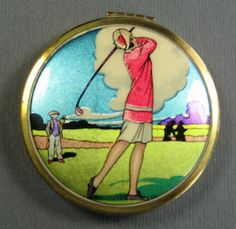 ART DECO compact. Very Much for The Modern Woman. & With And Some Wealth., Though not Cartier . This Was Still A Luxury.