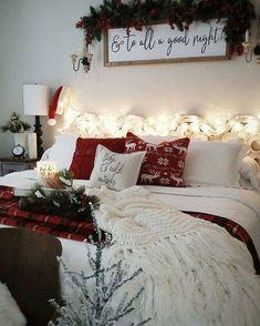 Cozy Christmas bedroom decor ideas for the holidays – christmas decorations Cozy Christmas, Rustic Christmas, Cottage Christmas, Xmas, Christmas Cookies, Christmas Ideas, Winter Bedroom Decor, Christmas Bedding, Diy Christmas Decorations Easy