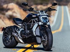 """Ducati calls the XDiavel/S a """"true cruiser."""" The only parts that carry over from the Diavel are tires and brake calipers. (Photography by Milagro)"""