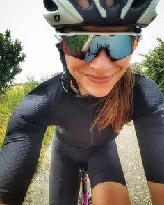 "604 mentions J'aime, 4 commentaires - ¿Quieres ser EMBAJADORA? (@chicas.ciclistas) sur Instagram : ""@marta_swiatlon - ♀️♀️♀️ #ChicasCiclistas #cycling #ciclismo #cyclinglife #cyclingwomen…"""