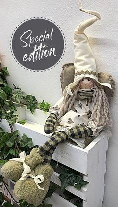 1 million+ Stunning Free Images to Use Anywhere Diy Crafts Videos, Diy And Crafts, Arts And Crafts, Felt Dolls, Crochet Dolls, Doll Toys, Christmas Nativity, Christmas Ornaments, Diy Rag Dolls