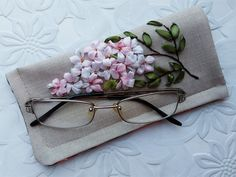 Spectacle case Cherry blossom Glasses case fabric Eyeglass case embroidery Sunglasses case Reading glasses case Birthday mom Grandma gift
