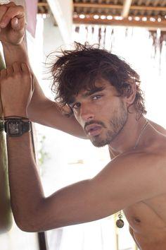 EXCLUSIVO: Confira fotos do modelo Marlon Teixeira para a revista Made In Brazil | Hugo Gloss