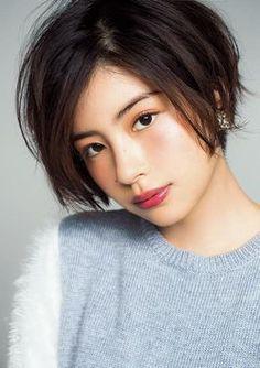 トランジットガールズ - Yahoo!検索(画像) Popular Short Haircuts, Short Hairstyles For Women, Pretty Hairstyles, Girl Hairstyles, Japanese Beauty, Asian Beauty, Japanese Makeup, Short Hair Cuts For Women, Short Hair Styles