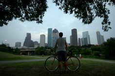 29 Awesome Things To Do In Houston If you're visiting H-town, be warned: These 29 things—including hundreds of thousands of bats and heavenly kolaches—will make you never want to leave. Houston Living, Houston Tx, Visit Houston, Visit Texas, Houston Galleria, Moving To Texas, Space City, Unique Facts, H Town