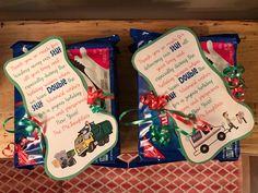 Holiday/Christmas gift for postman and garbage man! Neighbor Christmas Gifts, Christmas Crafts For Gifts, Holiday Fun, Holiday Gifts, Christmas Holidays, Christmas 2019, Christmas Recipes, Merry Christmas, Xmas