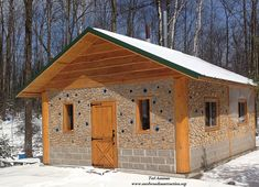 """Do you love the taste of Maple Syrup? Well so does Ted Amman. He wanted to build a """"shack"""" to house his family maple syrup harvest. Ted attended a cordwood workshop, visited the Cordw… Cordwood Homes, Rammed Earth Homes, 1 Bedroom House, Brick In The Wall, Garden Tool Storage, Bottle Wall, Garden Office, Natural Building, Earthship"""
