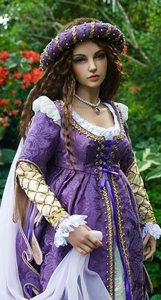 (Detail) Juliet Renaissance Doll by Martha Boers...beautiful!