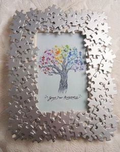 25 Last Minute Father's Day Gift Upcycle Ideas - Upcycle My Stuff Puzzle Piece Crafts, Frame Crafts, Puzzle Pieces, Best Photo Frames, Picture Frames, Handmade Crafts, Diy Crafts, Cuadros Diy, Line Art