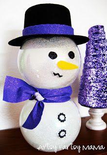 DIY: Glitter Snowman