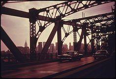 Williamsburg Bridge from Brooklyn towards Manhattan .