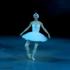 "passionatedancing: "" Anastasia Kolegova as Odette [Part a photoset will be coming soon ; Ballet Dance Videos, Dance Tips, Dance Moves, Ballet Dancers, Dance Photos, Dance Pictures, Ballet Photography, Tiny Dancer, Ballet Beautiful"