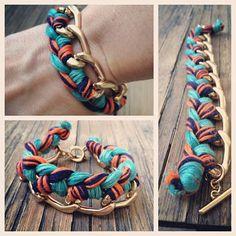 Custom Woven Chain Bracelet  Navy Blue Coral Teal & par JMandKM