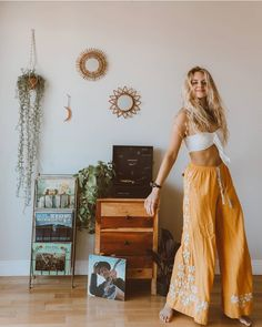 Hippie Outfits 809662839247888859 - Bohemian Wide Leg Ethnic Embroidery Flower Loose Trousers Bohemian Extensive Leg Ethnic Embroidery Flower Free Trousers – Voguetide Source by Mode Hippie, Bohemian Mode, Hippie Boho, Bohemian Pants, Hippie Pants, Hippie Vibes, Boho Kimono, Vintage Hippie, Boho Girl