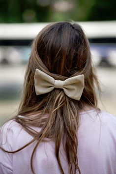 super cute bow :)  check us out on youtube: TheBeautifulBelieve