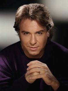 Roberto Alagna - Love him. He is reminiscent of Dennis quaid a bit...