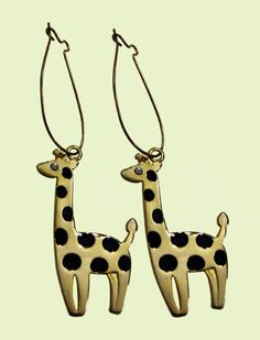 Giraffes. Can I please have these?? #giraffes #earrings