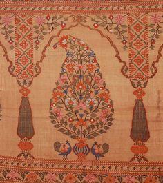 Woman's wrapper (sari) Indian (Maharashtra) 1750–1800 Object Place: Maharashtra, India Paithani weave Textile Patterns, Textile Prints, Textile Design, Print Patterns, Indian Textiles, Vintage Textiles, Chintz Fabric, Indian Flowers, Vintage India