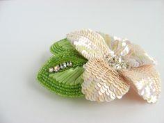 pink sequin flower brooch 1