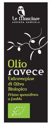 Olio extravergine d'oliva sfondo nero