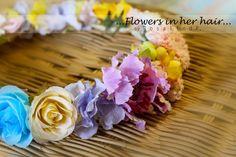 Flowers in her hair...(◡‿◡❀) #5  by me! ❤❃❂❁❀✽✼✻  #flowers #crown