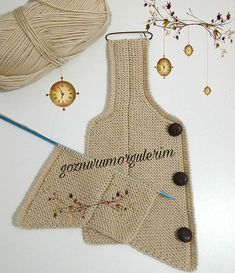 Good evening, ladies, I continue my new order with this color I love and our Ata vest model. Baby Sweater Knitting Pattern, Sweater Knitting Patterns, Crochet Designs, Crochet Patterns, Crochet Baby, Knit Crochet, Baby Fabric, Baby Vest, Boys Sweaters
