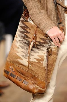 A collection that feels romantic and free spirited, just like the Ralph Lauren woman is, just like summer makes you feel. Cowgirl Chic, Cowgirl Style, Gypsy Cowgirl, Tote Handbags, Purses And Handbags, Ralph Lauren Style, Ralph Lauren Bags, Ethnic Bag, Mk Purse