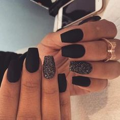 35 Most Popular and Stunning Acrylic Night Black and Matte Night Black Nails Design You May Love - Ongles 02 Gorgeous Nails, Love Nails, Pretty Nails, Fun Nails, Amazing Nails, Black Acrylic Nails, Best Acrylic Nails, Matte Black Nails, Black Glitter Nails