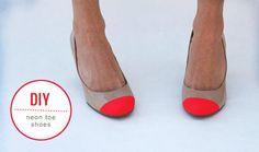 Sapatos com bicos na cor pop neon