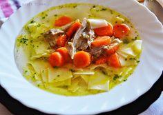 O supa de curcan minunata si perfecta pentru zilele de sarbatoare sau pur si […] Thai Red Curry, Supe, Ethnic Recipes, Food, Kitchens, Salads, Meals