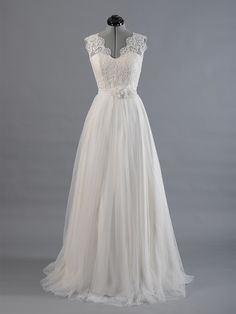 Lace wedding dress wedding dress bridal gown por ELDesignStudio