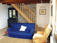 Casale Valentino - Zentral im Ferienhaus gelegen: das Wohnzimmer mit Sat-TV. www.cilento-ferien.de
