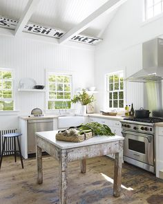File Style: Mark Cunningham - % Rustic Country Kitchens, Modern Farmhouse Kitchens, Rustic Kitchen, Kitchen Decor, Kitchen Ideas, Tiny Kitchens, French Kitchen, Beach Kitchens, Decorating Kitchen