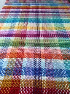 IMG_1173 Scrap Yarn Crochet, Plaid Crochet, Knit Crochet, Tartan, Basic Crochet Stitches, Tunisian Crochet, Afghan Crochet Patterns, Knitted Blankets, Baby Blanket Crochet