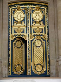 ❤ 17th century Les Invalides, Paris, built in the reign of Louis XIV (interlocking L's on upper doors)
