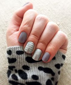 Jamberry. Mixed mani. Grey and silver stripe. Ash. Diamond dust.